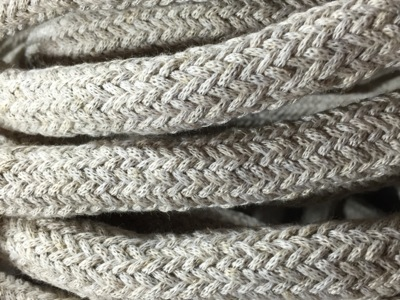 gros cable electrique lin