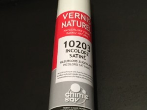 vernis incolore aérosol