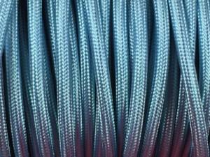 cable electrique tissu bleu ciel