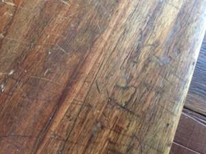 reboucher des trous de termites pates a bois. Black Bedroom Furniture Sets. Home Design Ideas